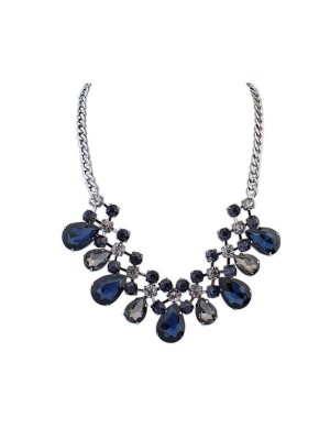 Ocidente Major Suit Celebridade Hot Sale Street Shooting Necklace